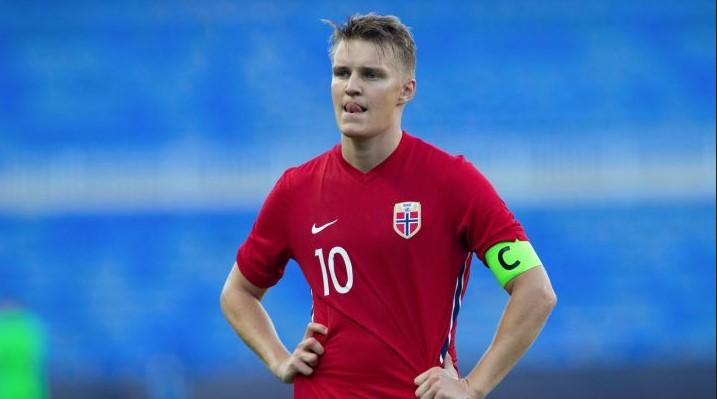 Arsenal Mengundurkan Diri Ke Odegaard
